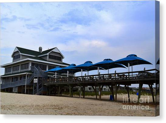 Ocean Pier And Restaurant Canvas Print