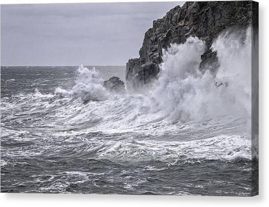 Ocean Surge At Gulliver's Canvas Print