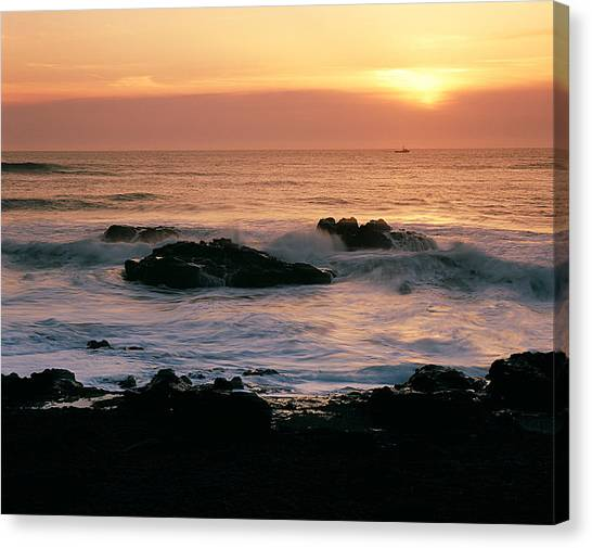 Ocean Tranquility  Canvas Print
