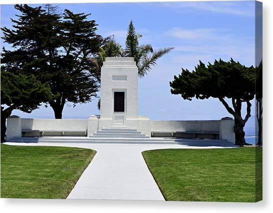Fort Rosecrans National Cemetery Canvas Print - Ocean View Monument by See My  Photos