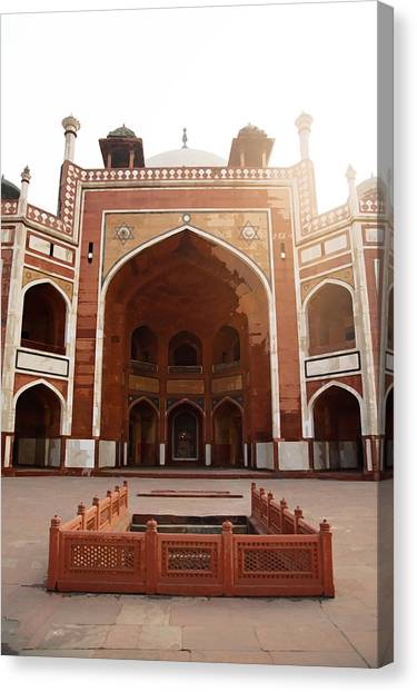Oil Painting - Cross Section Of Humayun Tomb Canvas Print