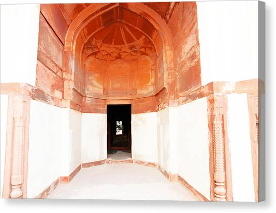 Oil Painting - Doorway In Humayun Tomb Canvas Print