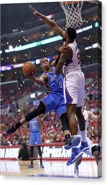 Russell Westbrook Canvas Print - Oklahoma City Thunder V Los Angeles by Stephen Dunn