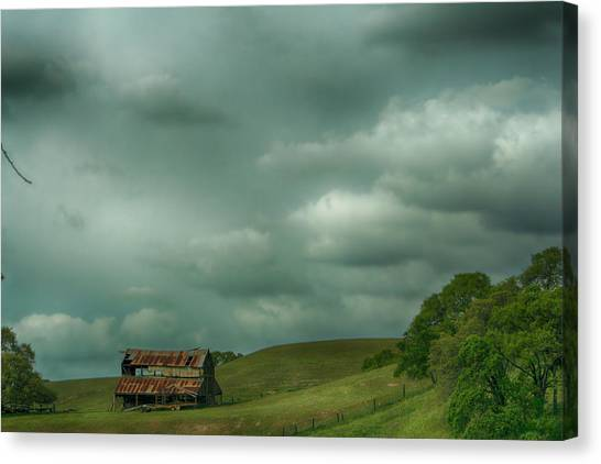 Ca Canvas Print - Old And Lonely by Laurie Search