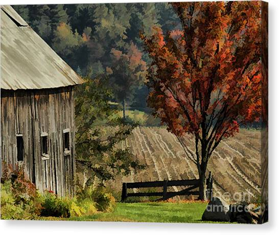 Old Barn And Field Canvas Print