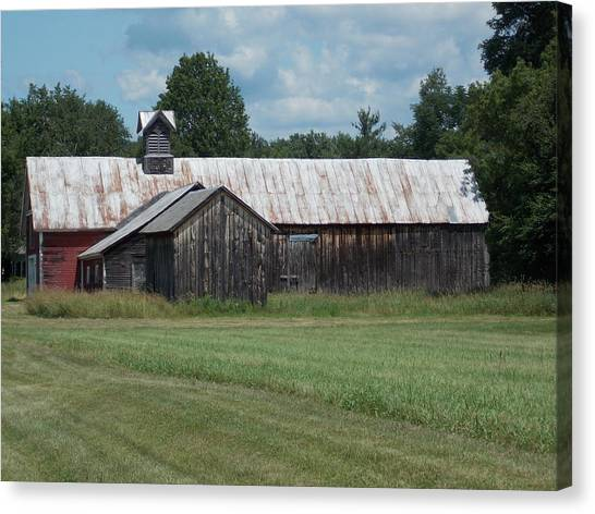 Old Barn In Vermont Canvas Print