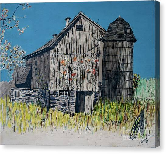 Old Barn Canvas Print