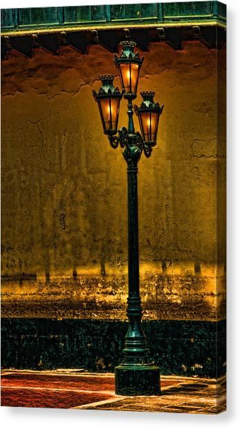 Old Lima Street Lamp Canvas Print