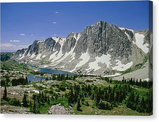 M-09702-old Main Peak, Wy Canvas Print