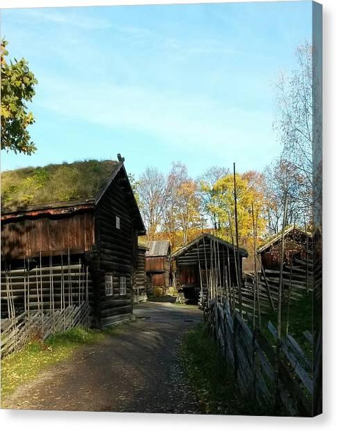 Old Norwegian Houses Canvas Print