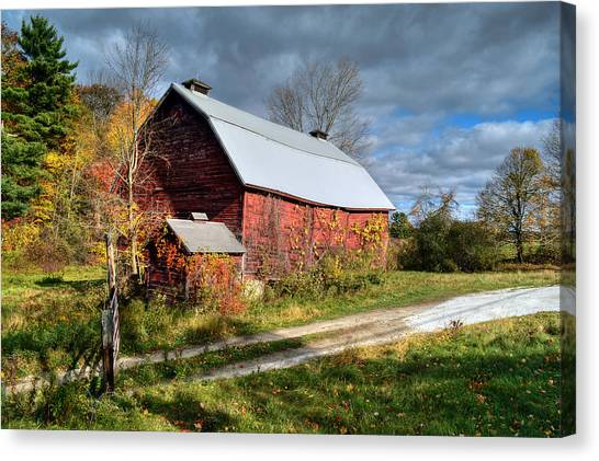 Old Red Barn - Berkshire County Canvas Print