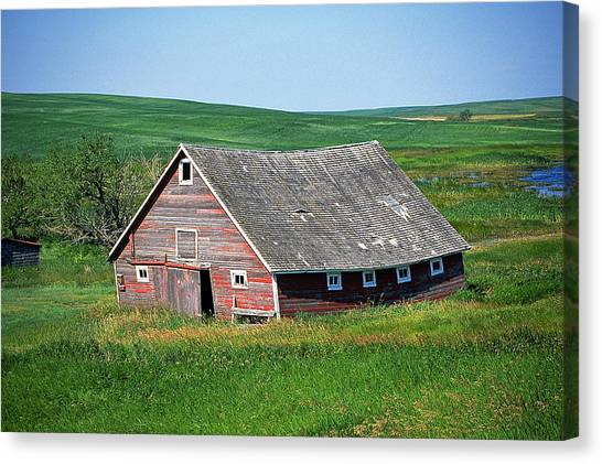 Old Red Barn Canvas Print by Buddy Mays