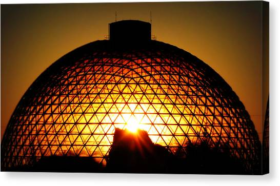 Omaha Henry Doorly Zoo Canvas Print
