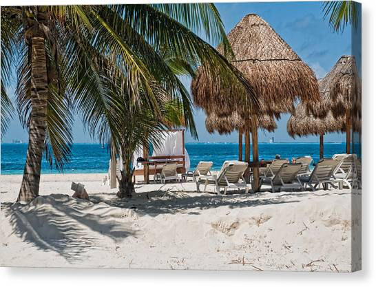 White Sandy Beach In Isla Mujeres Canvas Print