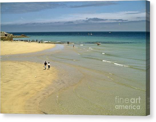 On The Beach St Ives Canvas Print by David Davies