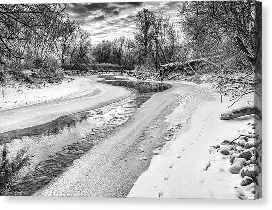 Canvas Print featuring the photograph On The Riverbank Bw by Garvin Hunter