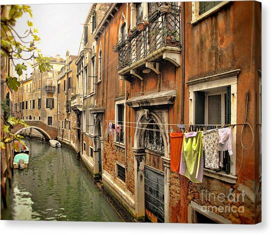 Orange Towel Venice Canal Canvas Print