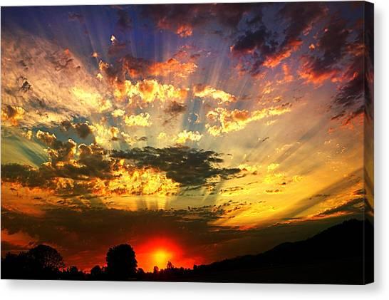 Oregon Crepuscular Sunset Canvas Print
