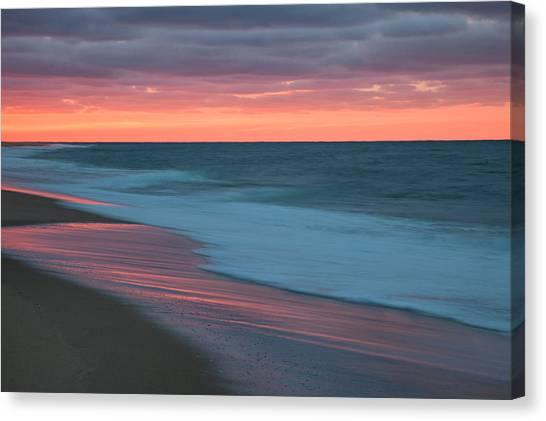 Outgoing Surf Canvas Print