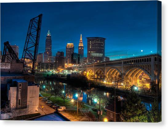 Over The Cuyahoga Before Sunrise Canvas Print
