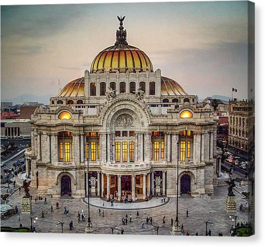 Palacio De Bellas Artes Canvas Print