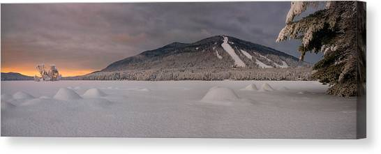 Panoramic Of Shawnee Peak And Moose Pond Canvas Print