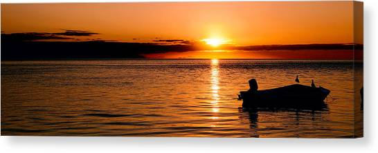 Canvas Print featuring the photograph Panoramic Photo Of Sunrise At Monkey Mia Of Australia by Yew Kwang