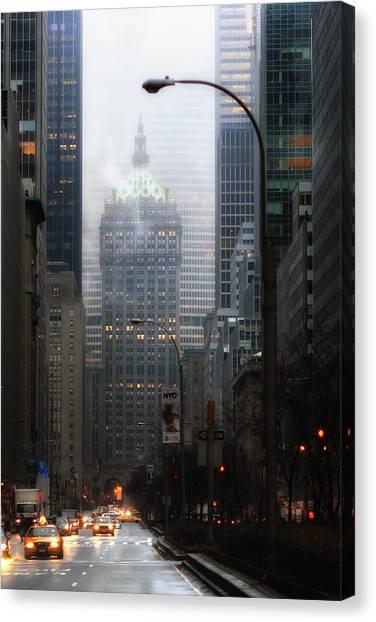 Park Avenue Dawn In Color Canvas Print