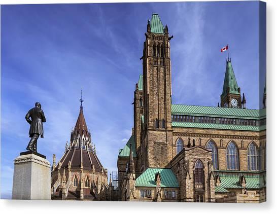 Parliament Hill Canvas Print - Parliament Buildings by Ken Gillespie / Design Pics