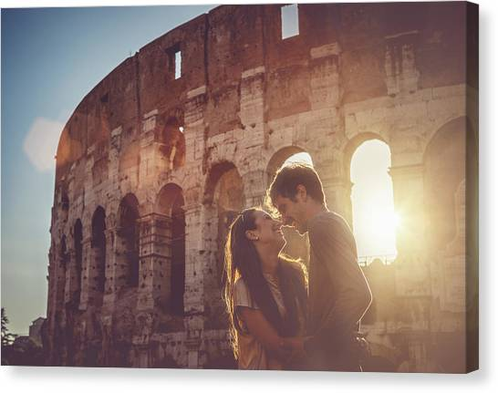 Passionate Kiss In Front Of The Coliseum Canvas Print by Piola666