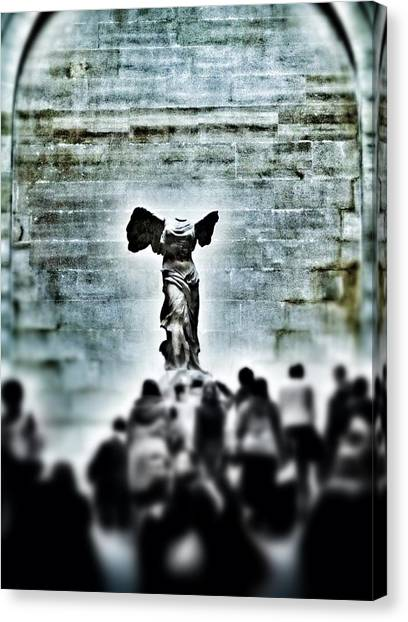 The Louvre Canvas Print - Pause - The Winged Victory In Louvre Paris by Marianna Mills