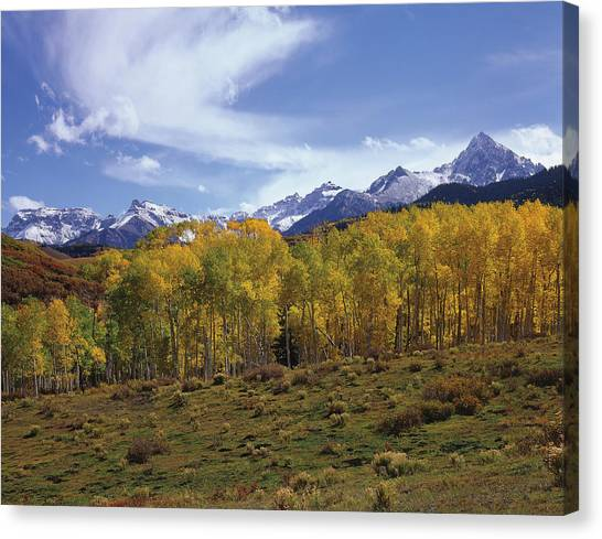 Peaks - In - View Canvas Print