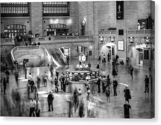 People At The Grand Central Station Canvas Print by Jose Maciel