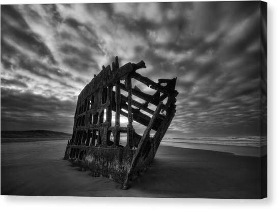 Peter Iredale Canvas Print - Peter Iredale Shipwreck Black And White by Mark Kiver