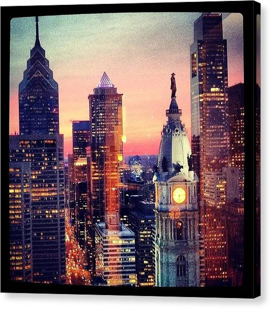 Canvas Print - Philly Skyline by Rosie Odonnell