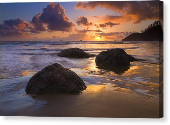 Beach Sunsets Canvas Print - Pieces Of Eight by Mike  Dawson