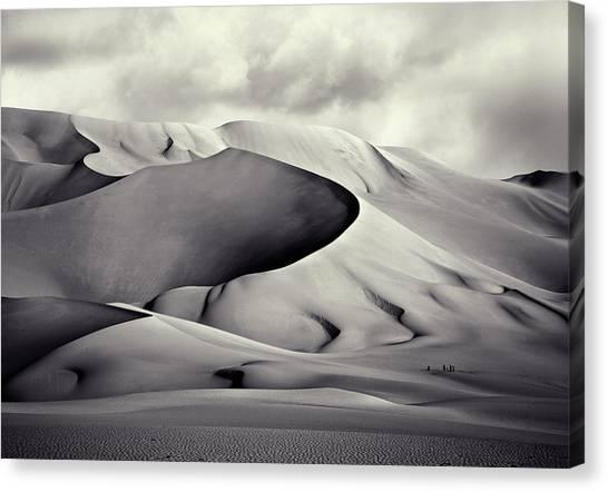 Sahara Desert Canvas Print - Pinza De Arakao, Desierto Del Tenera?. by Artistname