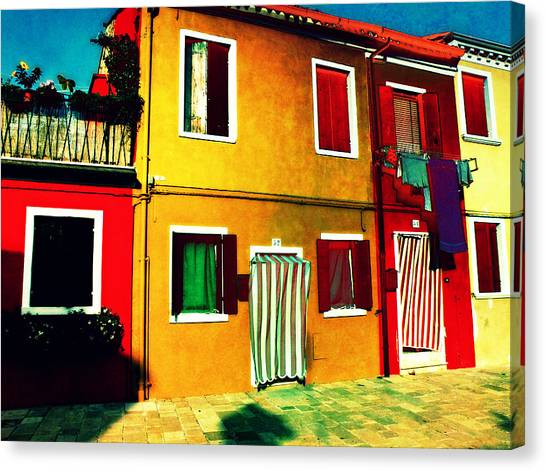 Pittoresco Villaggio Canvas Print
