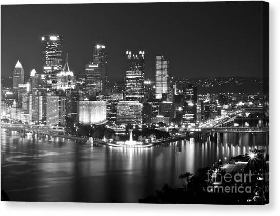Pittsburgh - Black And White Canvas Print
