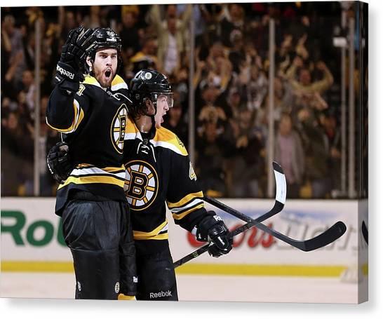 Pittsburgh Penguins V Boston Bruins - Canvas Print by Bruce Bennett