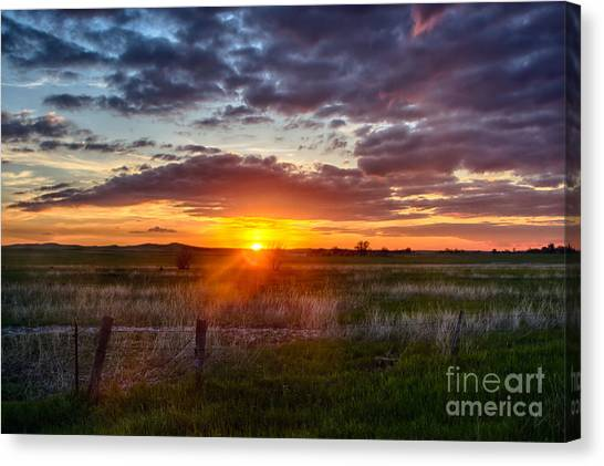 Plains Sunset Canvas Print