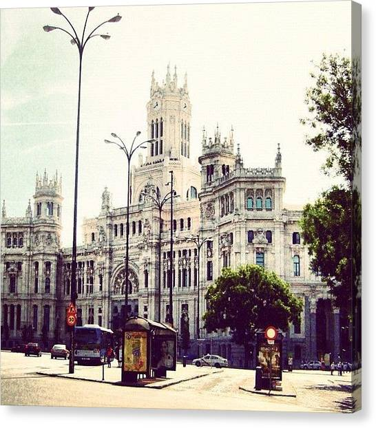 Street Scenes Canvas Print - Plaza De Cibeles by Megan Kenyon