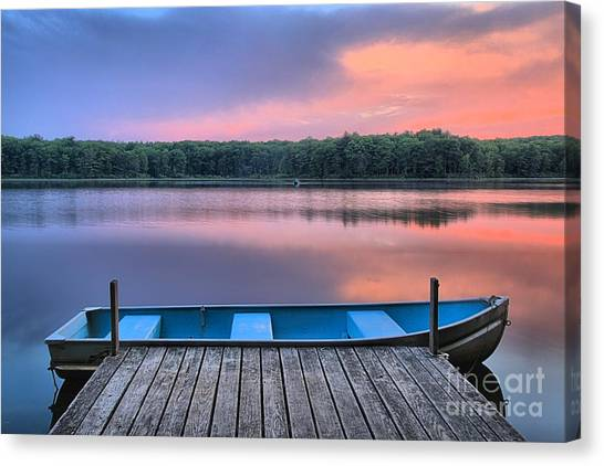 Poconos Lake Whitney Sunset Rowboat Canvas Print