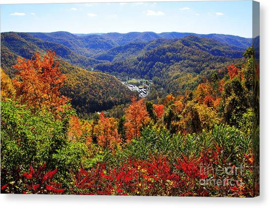 Point Mountain Overlook In Autumn Canvas Print