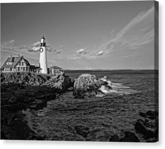 Elizabeth Warren Canvas Print - Portland Head Light 01 Bw by Jeff Stallard