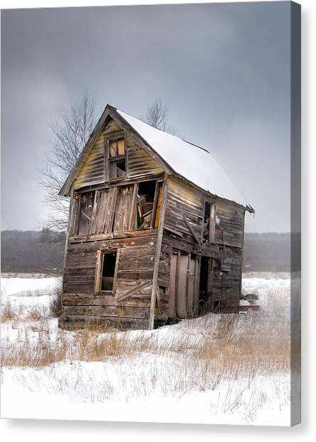 Portrait Of An Old Shack - Agriculural Buildings And Barns Canvas Print