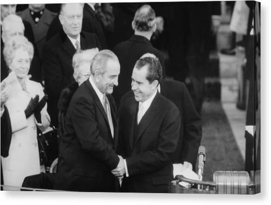 President Lyndon Johnson Warmly Shakes Canvas Print by Everett