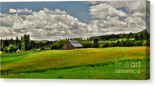 Priest River Barn Canvas Print