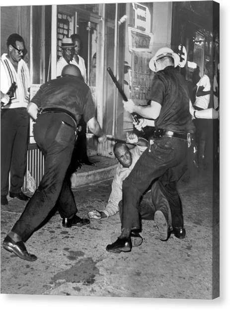 Police Officers Canvas Print - Protester Clubbed In Harlem by Underwood Archives