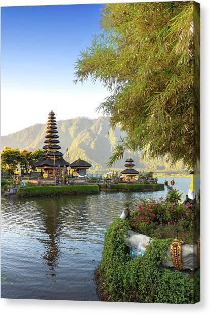 Pura Ulun Danu Bratan, Bali Canvas Print by Afriandi